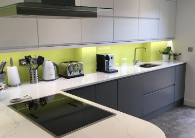 Completed Contemporary Kitchen Cheltenham